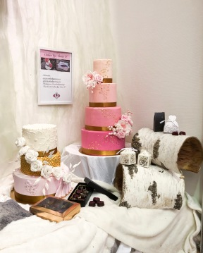 Magiska tårtor och praliner av Anna